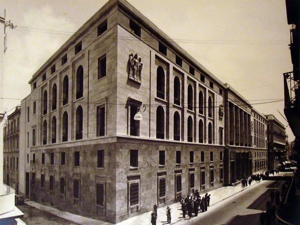 2)Banco di Napoli, via Toledo, inaugurazione della sede, 1939