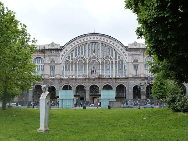 Piazza Carlo Felice