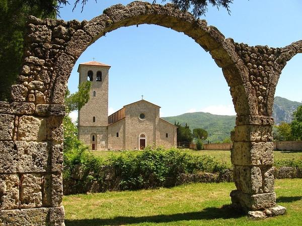 Complesso Monumentale di San Vincenzo al Volturno, Castel San Vincenzo (IS)