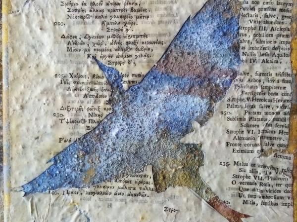 Virgilio Patarini, Scripta volant-Airone 1, 2020. Cemento, pagine del Cinquecento e pigmenti su tela, cm. 50x50