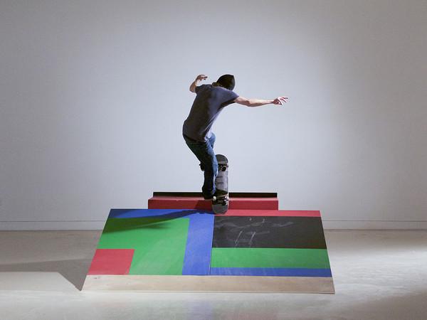 Shaun gladwell skateboarders vs minimalism mostra for Minimal art artisti