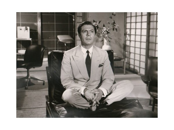 Marcello Mastroianni indossa abiti Piattelli in 'Casanova '70' (1965), regia di Mario Monicelli