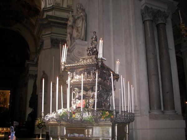 Urna con le reliquie di Santa Rosalia
