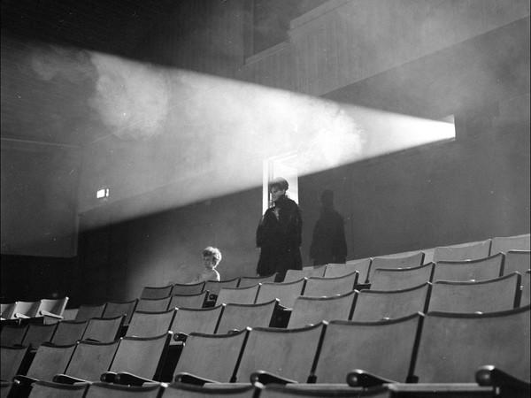 Dalla mostra <em>Ombre felliniane.Fotografie di Paul Ronald sul set di 8 ½</em>