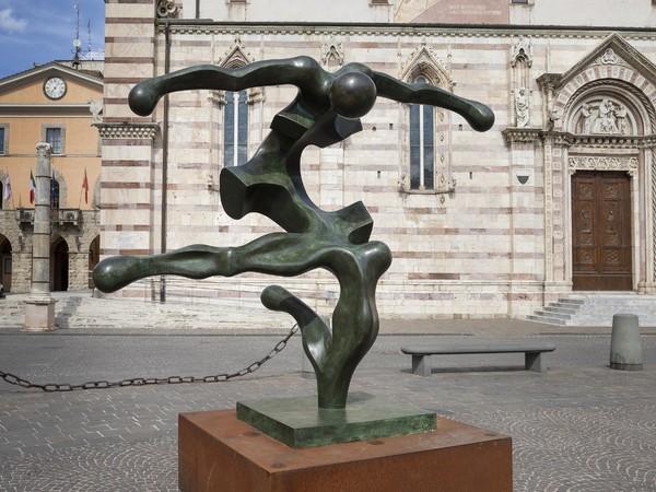 Sauro Cavallini, Icaro, 1983, bronzo, cm. 200x220