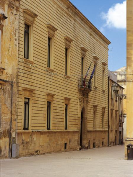 Palazzo Loffredo-Adorno