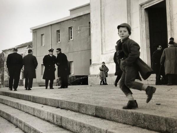 Lisetta Carmi, Funerali del carabiniere, Nuoro 1962