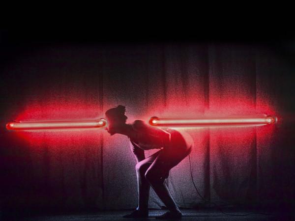 Silvia Lelli, Neon collection / Neon installation, K.D.C.D.G., L/2; ingrandimenti fotografici su carta, supporti in alluminio, montature a cassonetto, inserimenti di elementi al neon, cm 50x60x10