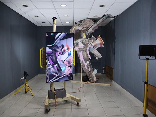 Installazione di Theo Triantafyllidis