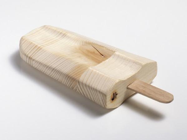 Johnny Hermann, Wooden popsicle, 20x30 cm.
