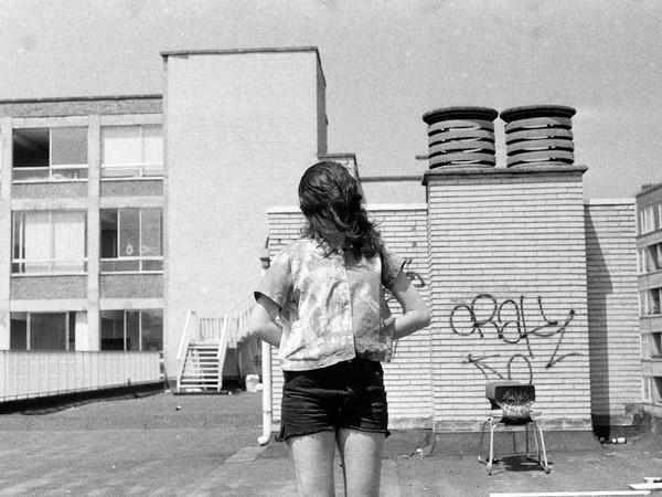 Piera de Nicolao, Condominium 1, 2013-2016, foto su pellicola, stampa anlogica su carta baritata, cm 60x50