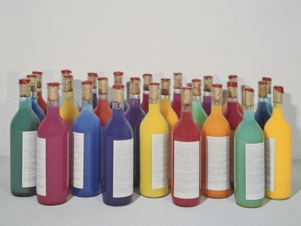 Antonio Scaccabarozzi, Acquerello e acquerello, 1983, acquerelli in bottiglie cl75