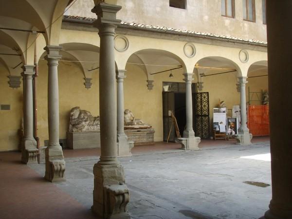 Chiostro Accademia di Belle Arti di Firenze
