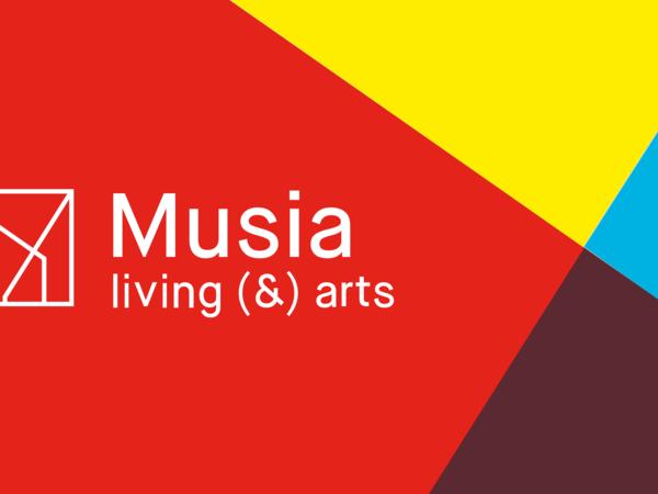 Musia living (&) arts, Roma, logo