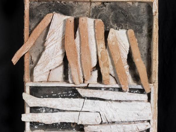 Graziano Pompili, Stazioni della Via Crucis, 2003, 14 formelle, terracotta dipinta, 43x40x3