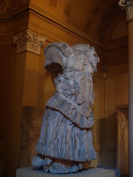 Statua frammentaria dell'imperatore Nerone