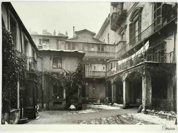 Fondazione1563, Torino. Un-cortile di Torino nel dopoguerra, Archivio storico, Compagnia di San Paolo
