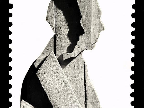 Francobollo, collage di foto con ritratto Ceroli su fondo fotografico,1977, cm. 40×26