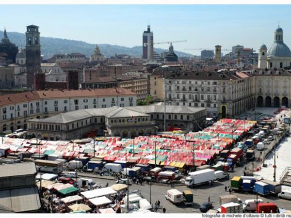 Mercato di porta palazzo a torino mercato itinerari - Mercato coperto porta palazzo orari ...