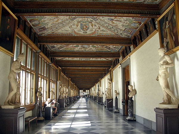 Galleria degli Uffizi, Firenze, interno.