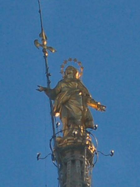 Statua della Madonnina