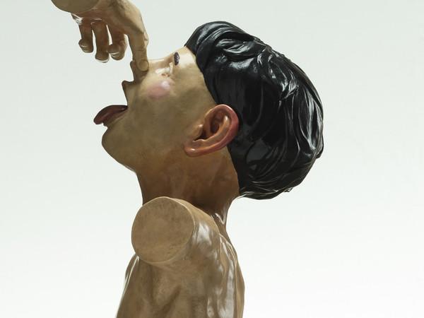 Lorenzo Pacini, Futura, 2017, bronzo, pittura acrilica, 39x39x28 cm.