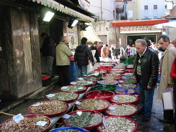 Mercato di porta nolana a napoli mercato itinerari - Mercato di porta nolana ...