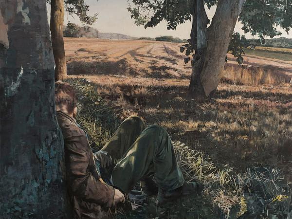 """Matteo Massagrande, """"lui seduto sotto un albero, accanto a un campo di grano"""", 2017 tecnica mista su tavola. 80x80"""