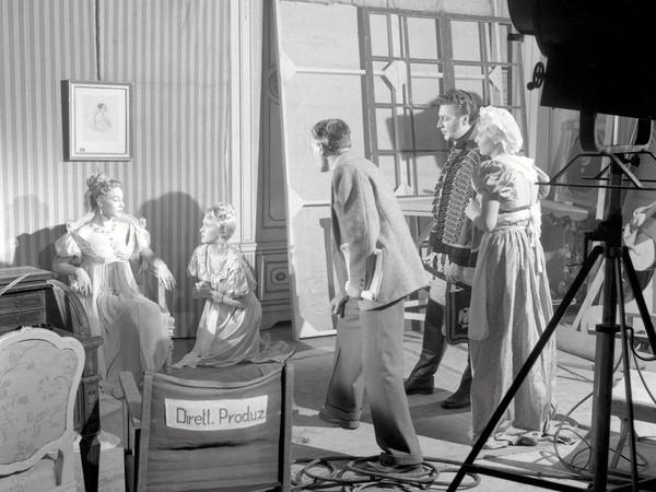 Federico Vender, Attori durante le riprese, 1954. Archivio Fotografico Storico, Soprintendenza per i beni culturali, Provincia Autonoma di Trento