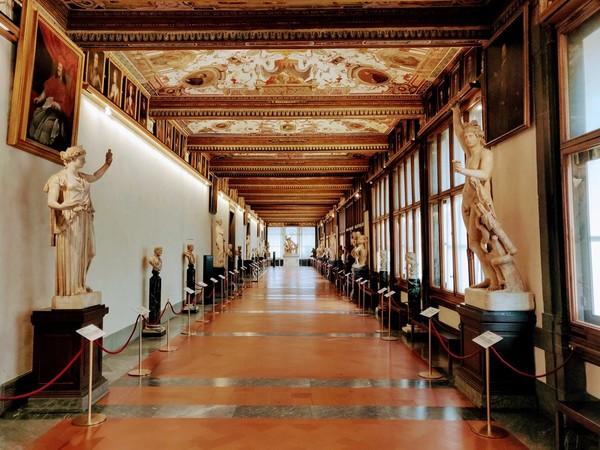 Gallerie degli Uffizi, terzo corridoio
