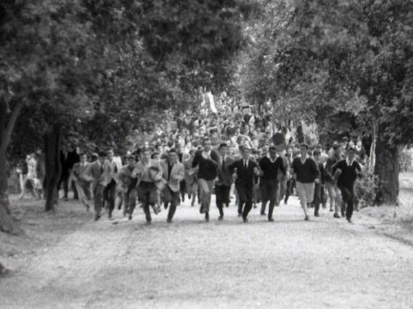 Carlo Riccardi, <em>Disordini durante la battaglia di Valle Giulia a Roma</em>, 1° marzo 1968