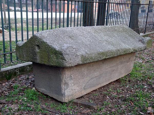 Sarcofago tardo romano