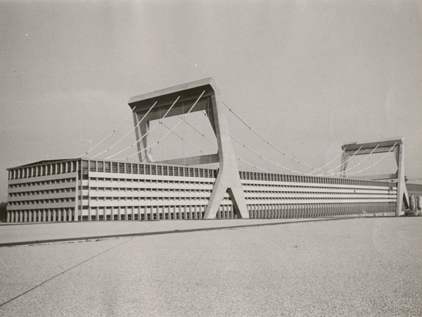 Pier Luigi Nervi, Cartiera Burgo di Mantova
