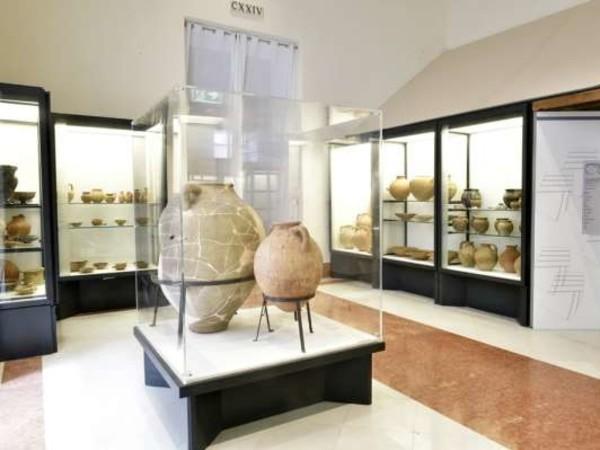 Nuovo look per una storica collezione del Museo Archeologico di Napoli<br />