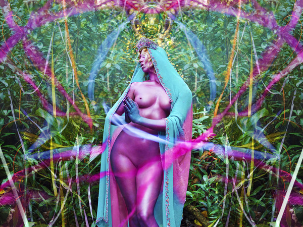 David LaChapelle, <em>News of Joy</em>, 2017 | &copy; David LaChapelle<br />