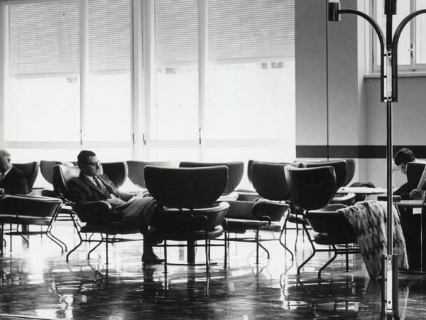 Franco Albini e Franca Helg, Nuove Terme Luigi Zoja, Salsomaggioere Terme, 1964-1970, veduta della sala d'attesa