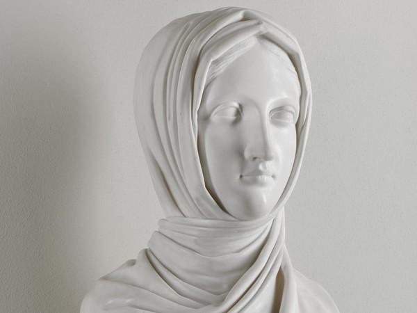 Antonio Canova, Vestale, 1818-1819, marmo di Carrara, cm. 58x31x23. Galleria d'Arte Moderna, Milano