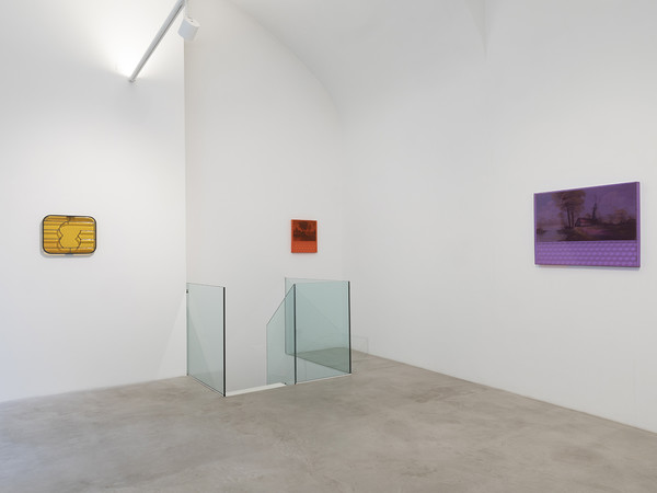 Franck Scurti, Fine del mercato, exhibition view, MAAB Gallery, 2021