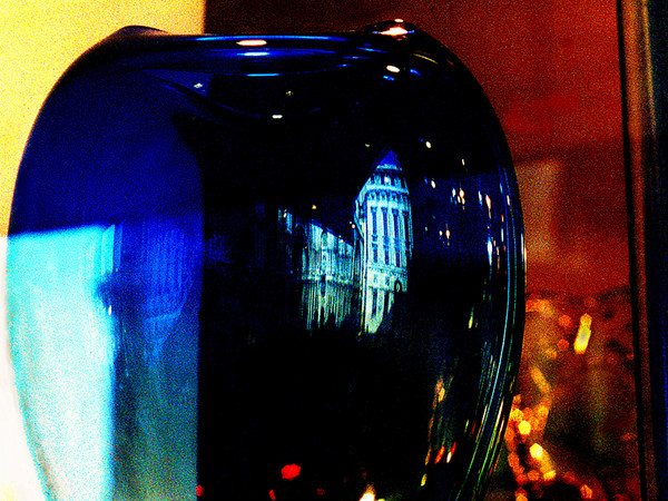 Chuck Freedman, Ikona Venezia, <em>Venetian Blue vase</em>