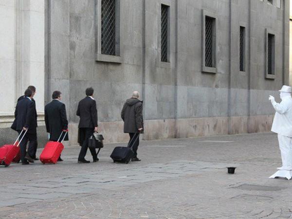 Torino la citt dai mille volti mostra torino la - Libreria feltrinelli porta nuova torino ...
