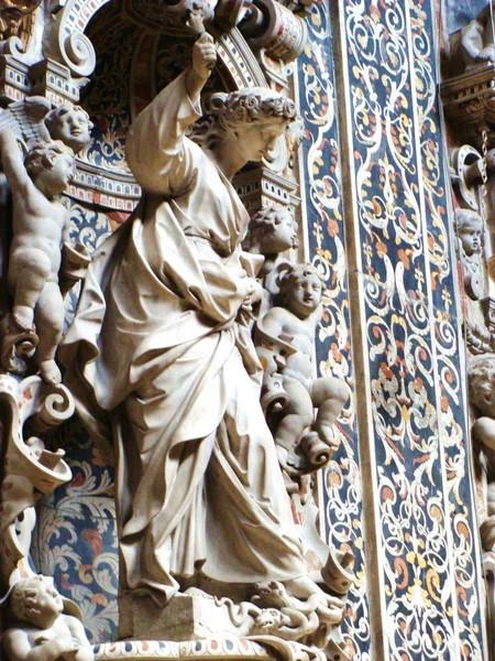 Statue di Giovan Battista Ragusa