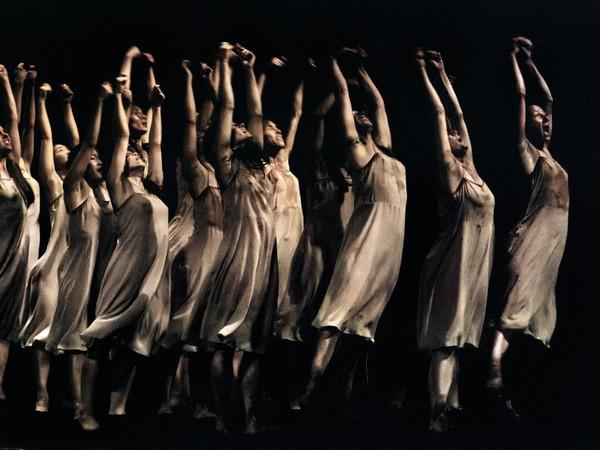Ninni Romeo, Le Sacre du Printemps,Teatro San Carlo, Napoli, 2013. Tanztheater Wuppertal Pina Bausch