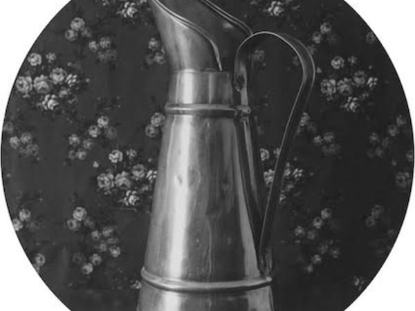 Franco Vimercati, Senza titolo (brocca), 1980-81, 14 fotografie b/n ai sali d'argento, V. 12 cm 27,5 (diametro)