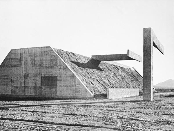 Michael Heizer, Nevada complex one, 1972, print on paper, cm. 13x21