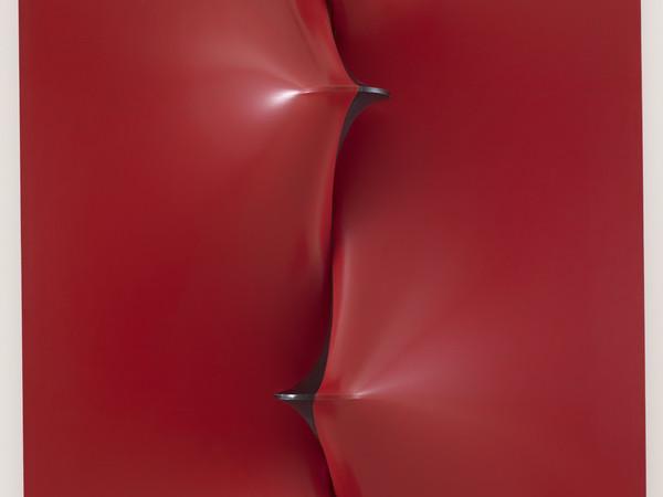 Agostino Bonalumi, Rosso e nero (dettaglio), 1968. Mart, Collezione VAF-Stiftung
