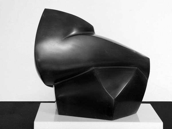 Rinaldo Degradi, Poesia-Marmo nero di Lovere, cm. 30x20 h. 35