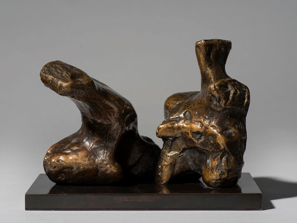 Henry Moore, Maquette for Two Piece Reclining Figure No.1, 1959. LH 457a, bronze I Ph. Jaron James