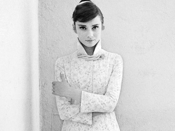 Milton H. Greene, Audrey Hepburn for War and Peace, 1955