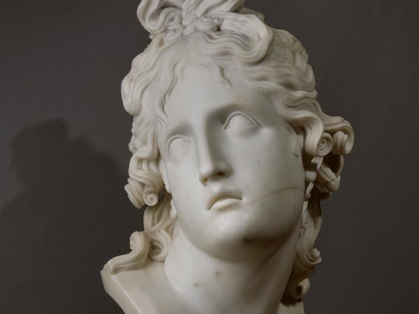 Antonio Canova (1757-1822), <em>Genio della Morte</em>, 1789, Marmo, 86 x 38 x 38 cm, San Pietroburgo, The State Hermitage   Foto: Alexander Koksharov © The State Hermitage Museum, 2019