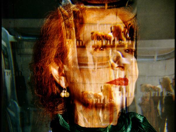 Maria Mulas, <em>Autoritratto in verde</em>, 1998,&nbsp;&copy; Maria Mulas